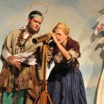 Ines Lutz am Badisches Staatstheater Karlsruhe Premiere am 05.06.2010, Zelttheater auf dem Schloßplatz DER BRANDNER KASPAR UND DAS EWIG' LEBEN mit Christoph Wünsch (Der fast heilige Nantwein)
